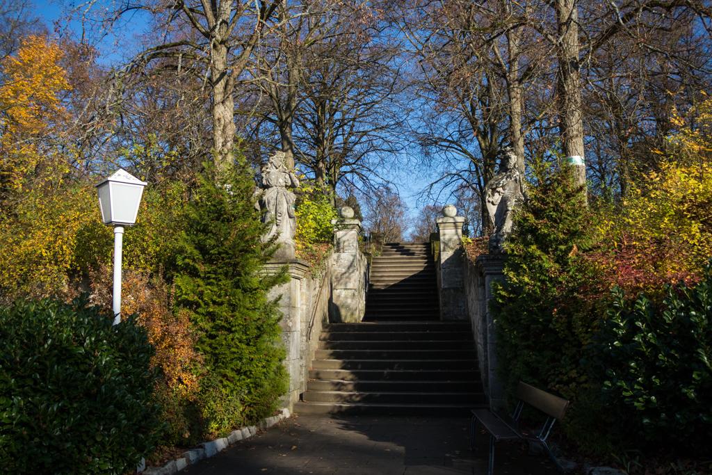 Treppe zum Schlosspark