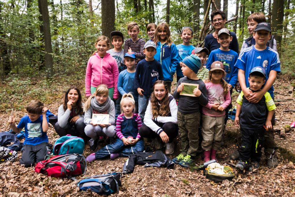 Die Geisbergwichtel auf dem Waldsofa