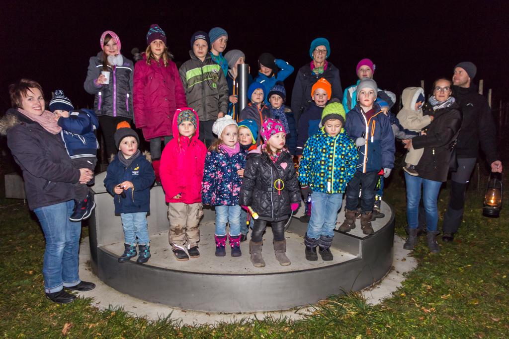 Gruppenfoto im Labyrinth
